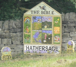 hathersage_gala_well_dressing_2011